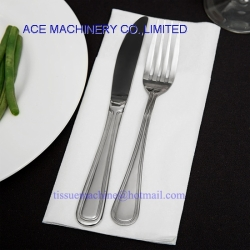 Paper Airlaid Nonwoven Dinner Napkin with a Pocket to Put Fork and Knife